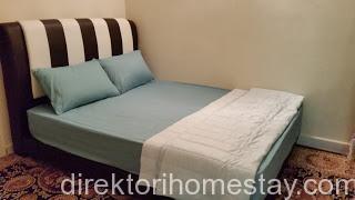 bilik-tidur-1-homestay-kat-bangi1
