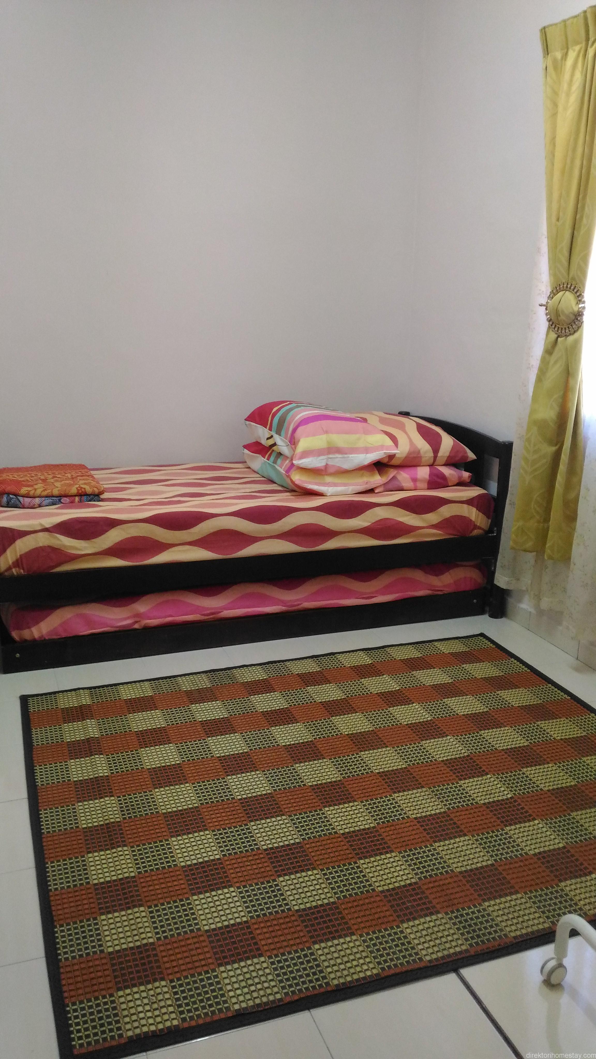 Nuri-Homestay-room-3